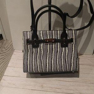 Beautiful bag by Nine West ✴️✴️✴️